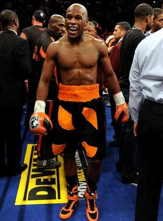 grant boxing gloves mayweather images galleries with a bite. Black Bedroom Furniture Sets. Home Design Ideas